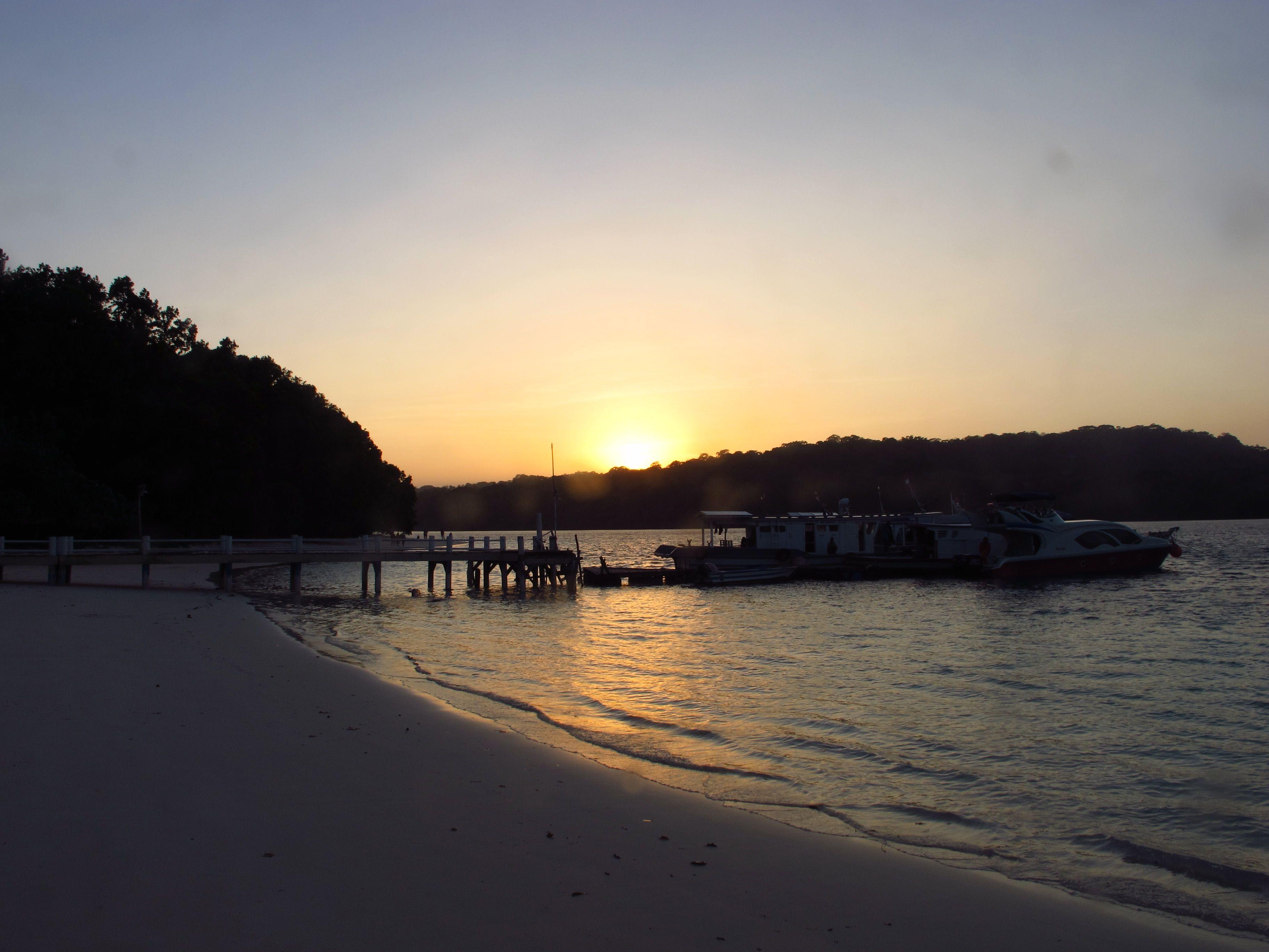 sunset-peucang-keypoo-com