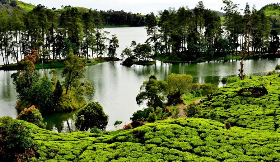 10 Tempat Wisata Populer di Bandung yang Wajib Dikunjungi