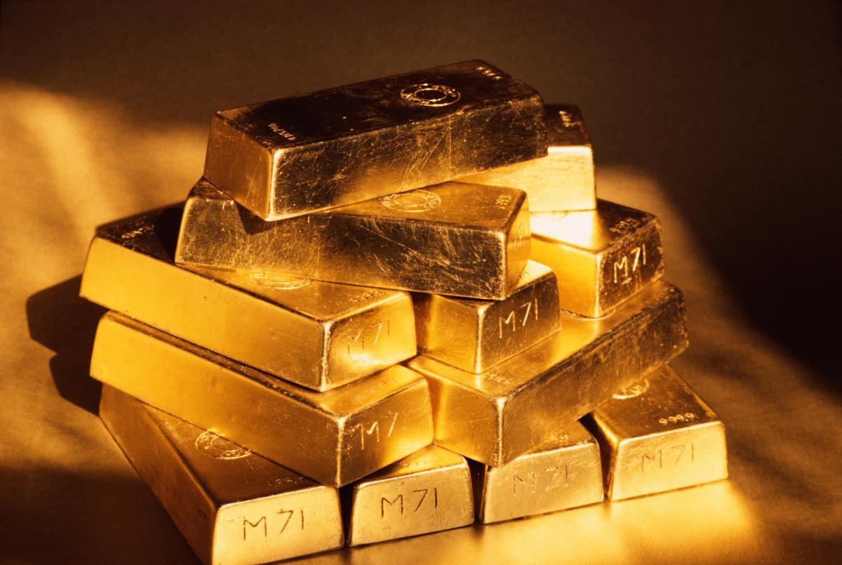 Merasa Masih Muda? Jangan Lupa Investasikan Danamu dalam Bentuk Emas!