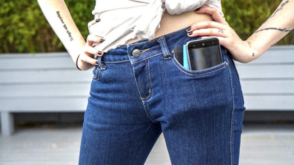 Hati-hati, Kebiasaan Ini Berpotensi Merusak Smartphone-mu!