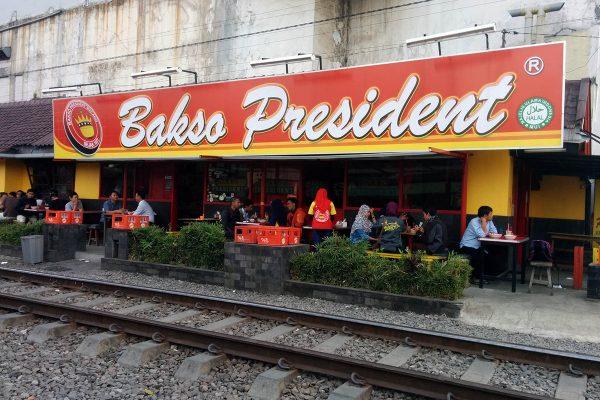 4 Kuliner Bakso Paling Populer di Malang