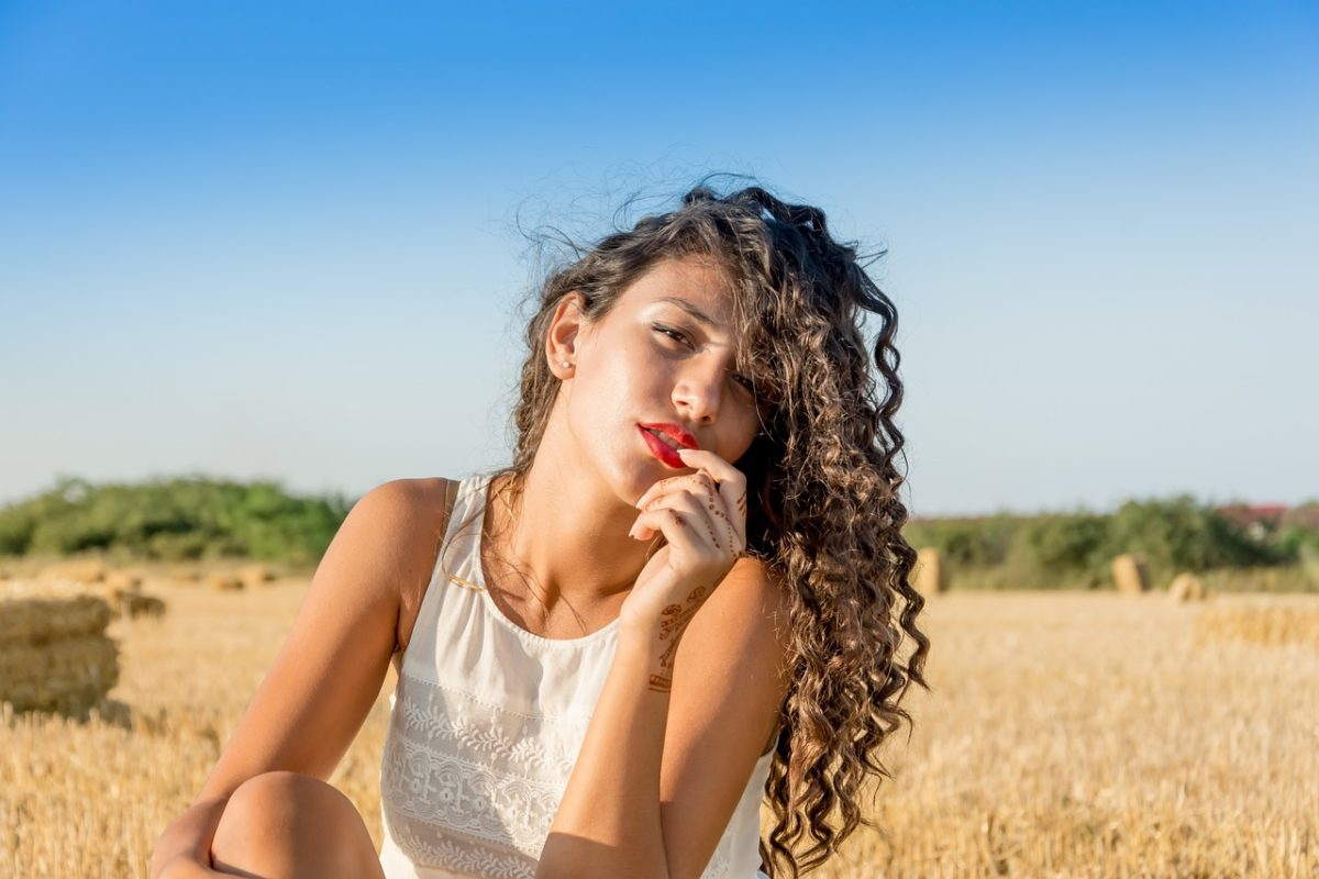 Tips Untuk Hilangkan Bau Apek Pada Rambut kamu