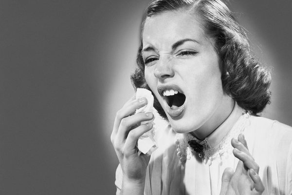 Cara Mengatasi Bersin-Bersin di Pagi Hari