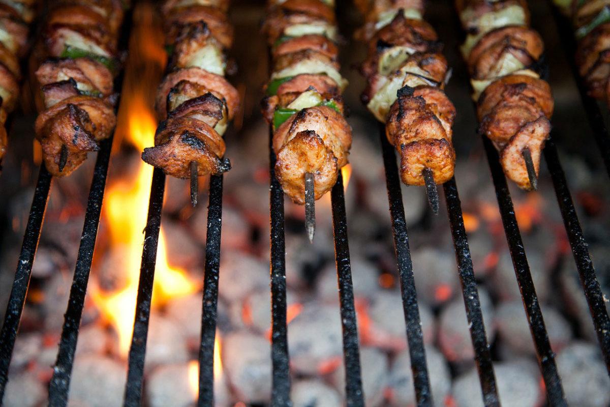Ide Makanan Untuk BBQ Sederhana